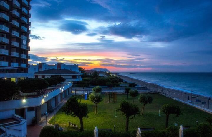 Apartamento sulla spiagga vista mare