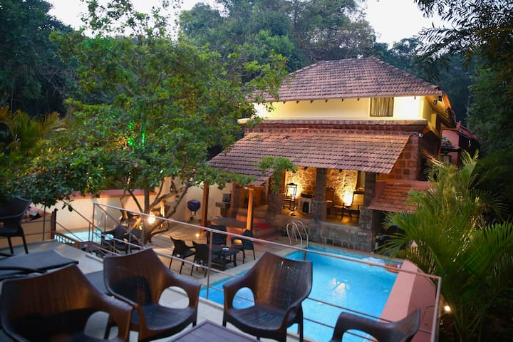 Heritage Cottage with Pool in North Goa