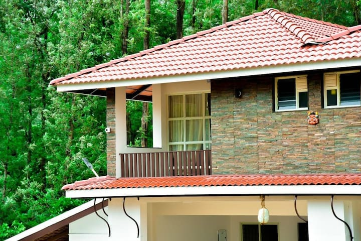 Spring House - A Luxury Homestay in Chikmagalur