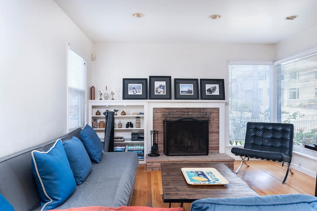Living room. Big tv. Lounge