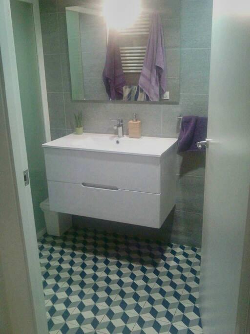 Bathroom (lavabo)