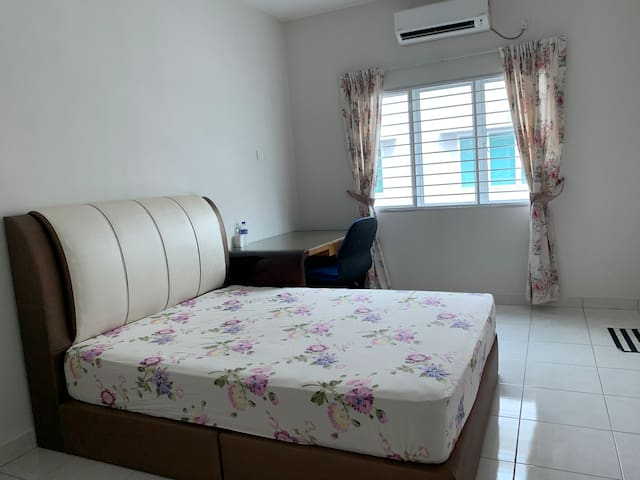 Master Bedroom #3 @Setia Residen, gated & guarded