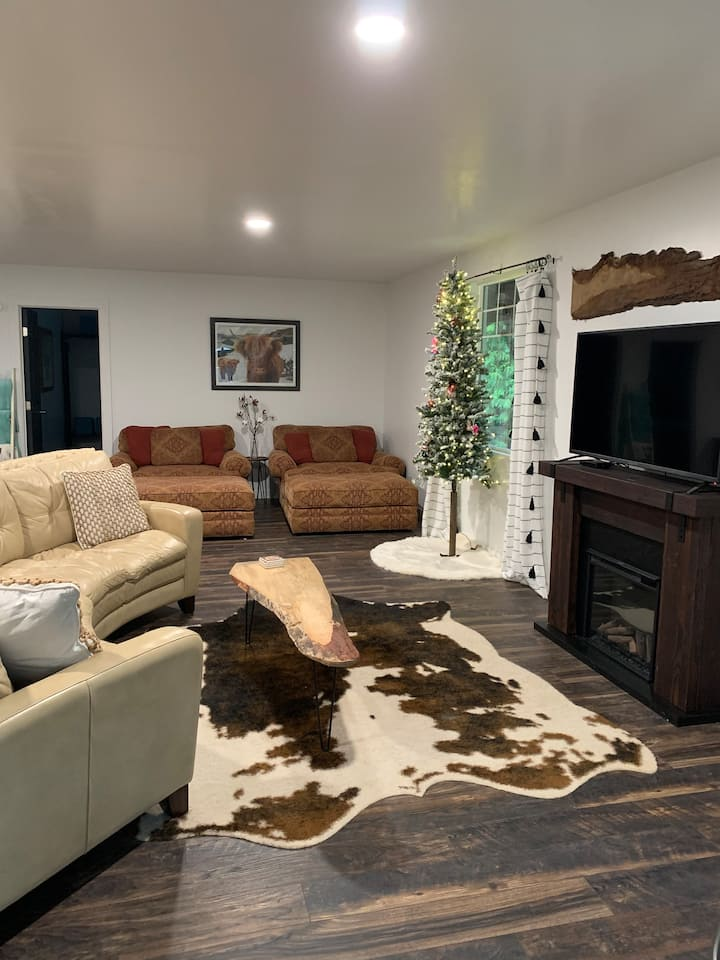 Highland Pines - Pet Friendly