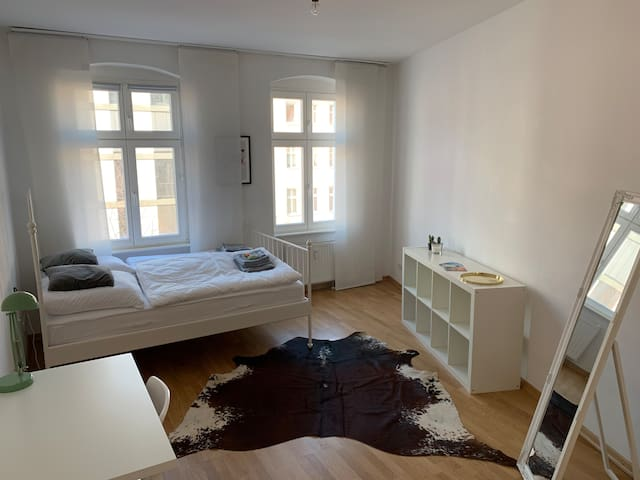 20sqm room in Mitte close to Rosenthaler Platz