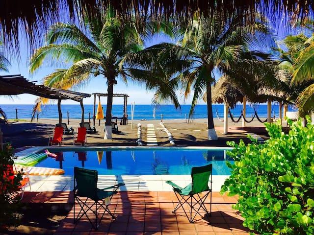 Beach house in Monterrico, Guatemala - Monterrico - Haus