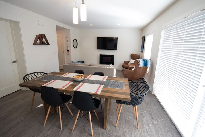 Living Area / Dining Room