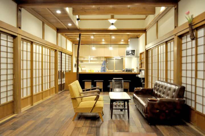 ゲストハウス タカズーリ喜多 個室3人部屋トリプルルーム Economy Triple Room