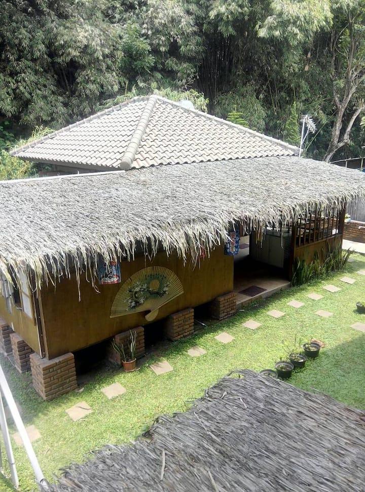 Cozy Guesthouse Villa Triniti, close to nature!!