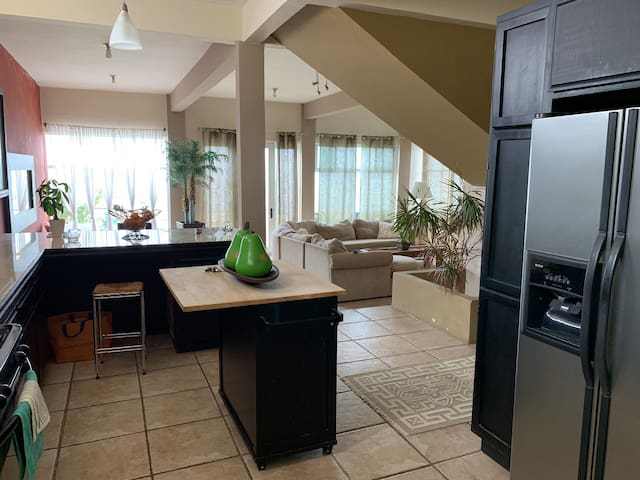 Beautiful Apartment for Rent with Oceanview