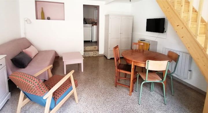 Petite maison en duplex avec terrasse individuelle