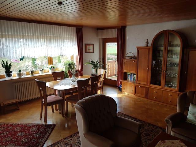 Münchhausen Wohnung mit Ausblick ins Grüne