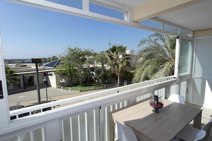 CN2B, Apartamento en el puerto a 50 mt de la playa