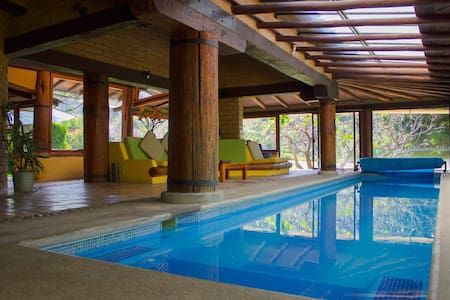 Beautiful house in the woods - Valle de Bravo