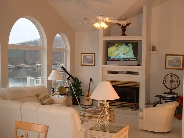 Home-SHORE - Osage Beach - Huis