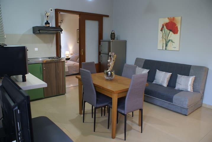 PETROS-MATINA HOUSE
