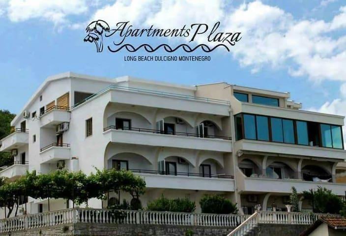 Apartmet Plaza 1 (Beachfront)