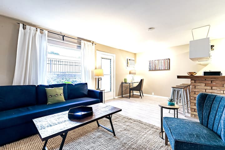 1BR Louvers Wald 5 | Downtown Med Center Stadium