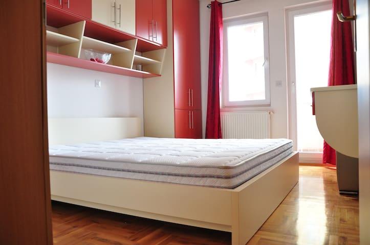 Cozy, modern & quiet - FK apartment - Fushë Kosovë - Huoneisto