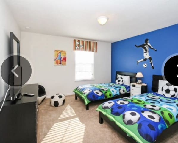 Single Private Room- Hostels Homes I - Davenport