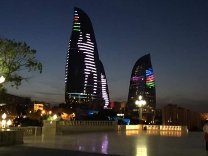 APARTAMENT NEAR FLAME TOWERS IN BAKU...2