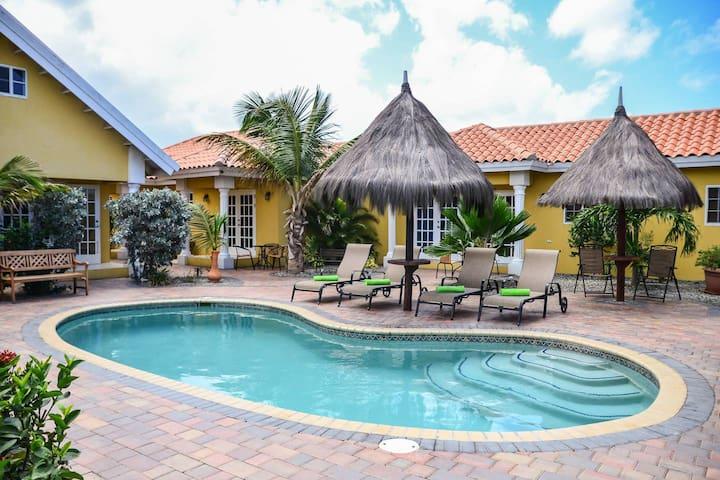 Aruba Tropic 2 Bedroom + Sofa Bed (Sleeps 5) #6
