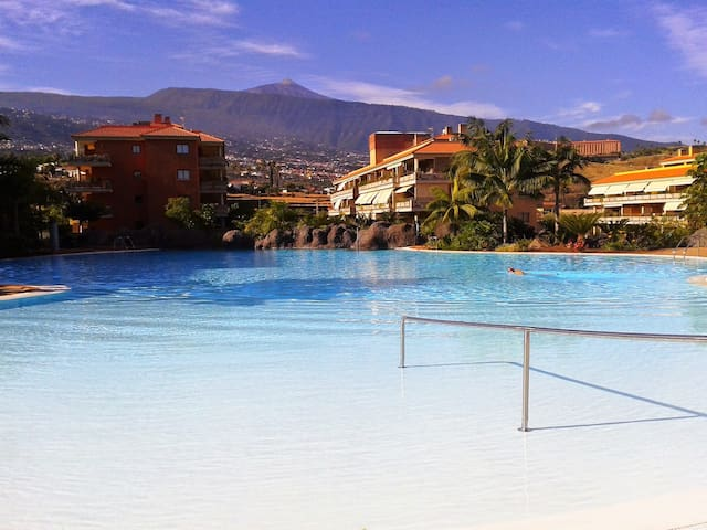 Nuevo, Céntrico, WIFI,piscina,parking, supermarket