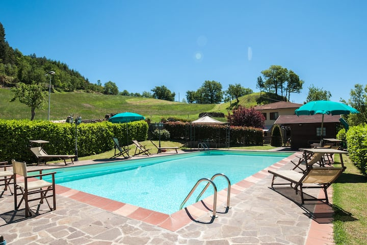 Beautiful villa with private pool in the Casentino valley, beautiful nature