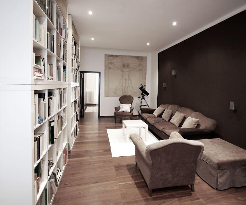 confortevole mini appartamento di design wohnungen zur miete in bari puglia italien. Black Bedroom Furniture Sets. Home Design Ideas