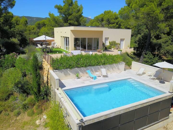 Maison avec piscine dans la dentelle de Montmirail