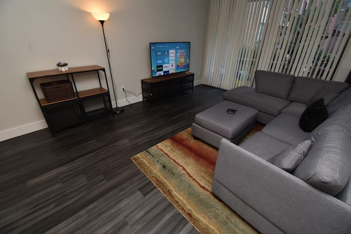 Condo, Heart of Downtown, Gaslamp, w/parking
