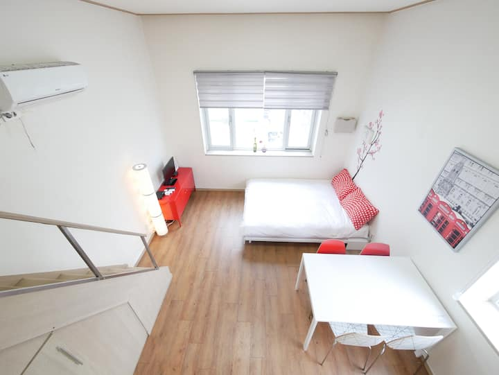 [Renovated Flat] DongDaeMun Cherry Loft