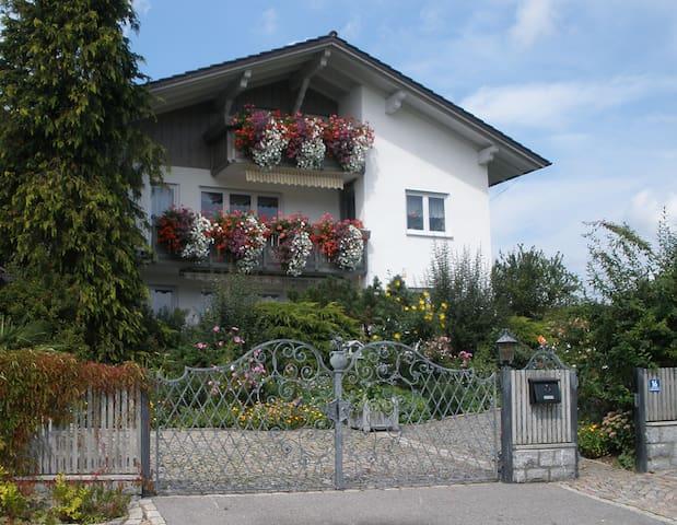 Gästehaus Dachs