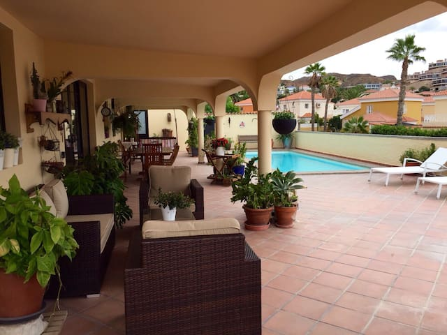 Tauro Golf private 4 bedroom villa - Mogán - Huis