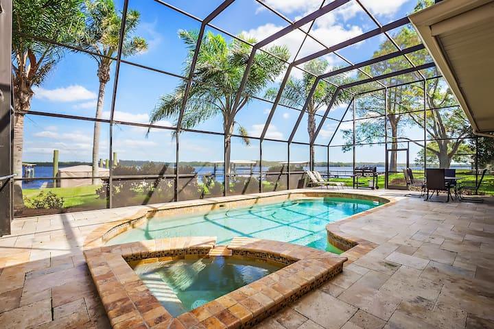 SUNRISE ON LAKE TARPON 4 BED 3.5 BATH POOL HOME