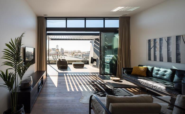 NY Style Luxury Penthouse Apartment