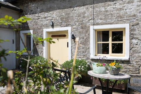 Our Gorgeous Stone Cottage (Kilcannon House)