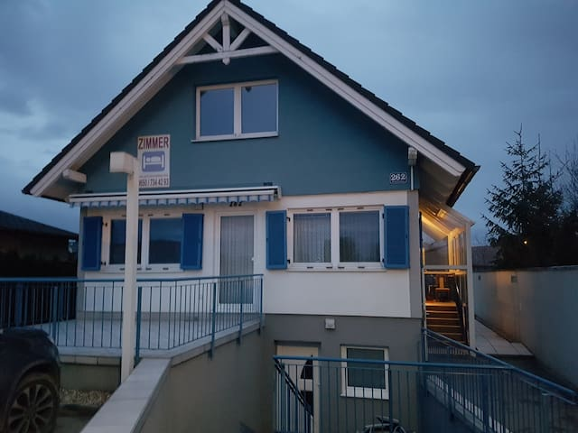 Apartment F1: for 6 People - garden+ free parking
