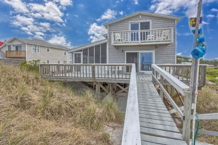 Gulf Front, Cape San Blas, 5 Bedroom, Mother-in-law Suit, Less Than A Mile From St Joseph's State Park ~ Anchors Away