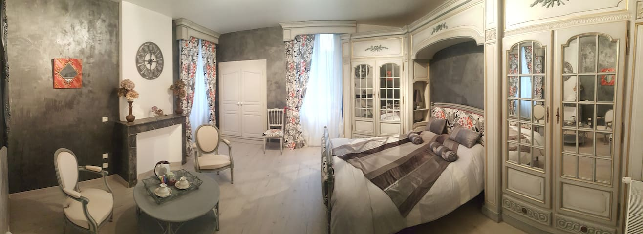 Domaine l'Ecrin des Côteaux chambre Antica - Boulin - Bed & Breakfast