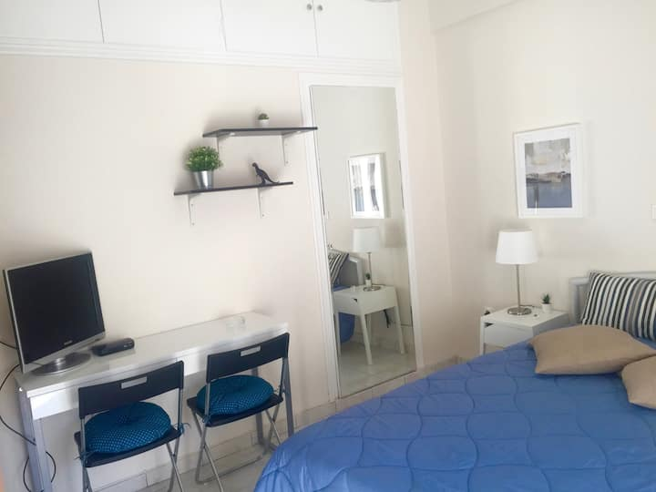 Sweet Blue | 30m² studio in the center of Athens