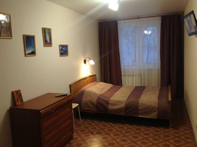 Новая уютная 2к кв (550м до склона) - Kirovsk - Apartment