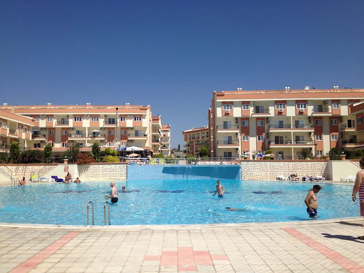 ONE BEDROOM FULLY FURNISHED APARTMENT WITH BALCONY