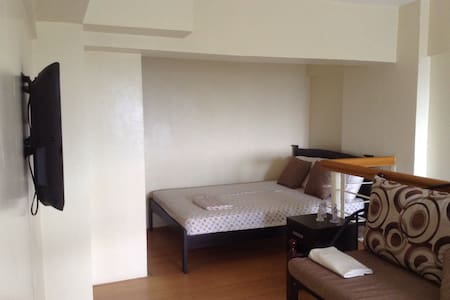 Budget Loft Condo Unit w Resort Amenities - Silang