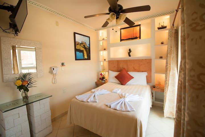 Hotel Bucaneros - Junior Suite 301 Cocina y Balcón