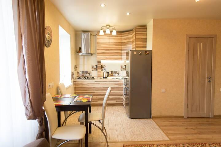 3-х ком. кв: кухня-студия, 2 спальни,балкон-лоджия