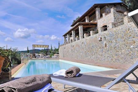 Susanna - Susanna 1, sleeps 3 guests - Civitella Paganico