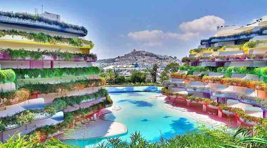 LUXURY APARTMENT BOAS- 3 BEDS-BEST LOCATION IBIZA