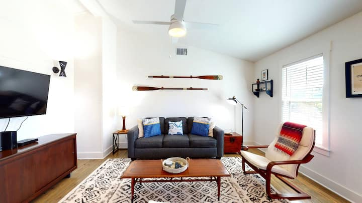 SS303: Large Fenced Yard, Shaded Back Porch, Ample Parking