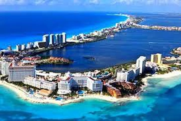 CANCUN'S NO 1 LISTING NEXT TO MARLIN BEACH - Cancún - Appartement