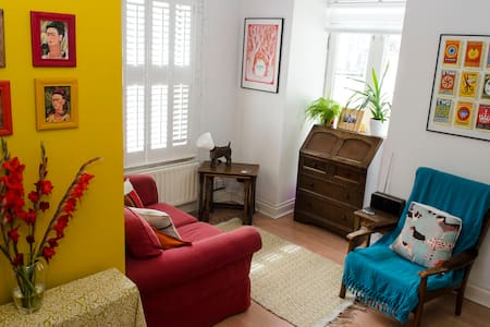 Colourful one bed flat in buzzing central Brighton - Brighton